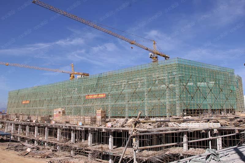 ورشة عمل لFUDA  فرع جديد في البناء ، وتقع في منطقة هونغ شي ليانغ